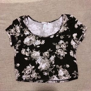 Ambiance Black & White Floral Crop - Large